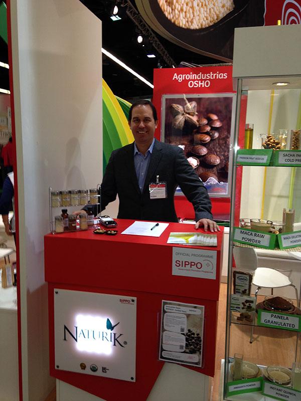 naturik_tradeshows2015-pic02